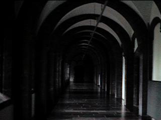 マレッツ修道院内部(修道僧たちの部屋など)